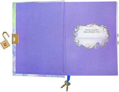 Дневник «Наследники Диснея» с замком и ключом, для фанатов Mal и Disney (Disney Descendants Mals Diary Journal Book for Girls) (фото, вид 2)