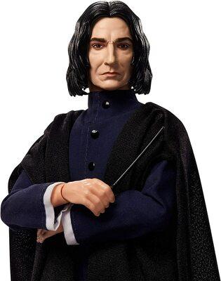 Кукла Северус Снейп в мантии волшебника - Гарри Поттер. (HARRY POTTER Collectible Severus Snape Doll) (фото, вид 3)