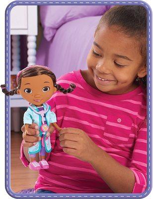 Кукла Дотти - ветеринар в голубом халате - «Доктор Плюшева» - Дисней (Doc McStuffins Pet Rescue Doc Doll) (фото, вид 1)