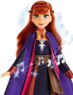 Кукла Анна поющая, в фиолетовой накидке - «Холодное сердце 2» - Дисней (Disney Frozen Singing Anna Fashion Doll with Music Wearing A Purple Dress) (фото, вид 2)