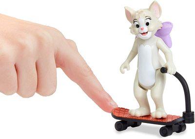 Фигурки Тутс и Тома на самокате - «Том и Джерри» - Дисней (Tom & Jerry Figure 2-Packs: Skateboarding Tom & Toots) (фото, вид 2)