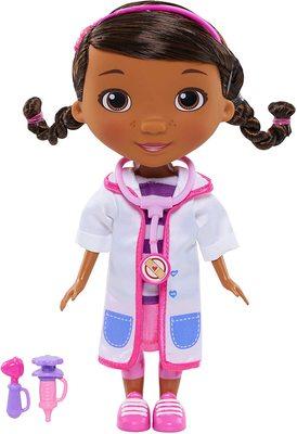 Кукла Дотти - ветеринар в белом халате - «Доктор Плюшева» - Дисней (Doc McStuffins Toy Hospital Doc Articulated Doll with Doctor Accessories) (фото, вид 1)