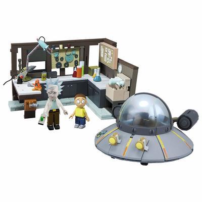 Большой космический корабль и гараж - Большой конструктор Рик и Морти (293 дет) (McFarlane Toys Rick & Morty Spaceship & Garage Large Construction Toy Set) (фото)