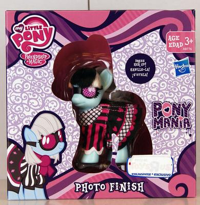 Эксклюзивная пони Фото Финиш - Ponymania (Hasbro My Little Pony Ponymania Photo Finish Exclusive) (фото)