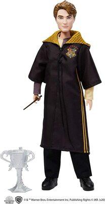Кукла Седрик Диггори - Кубок огня с кубком (Harry Potter Cedric Diggory Collectible Triwizard Tournament Doll) (фото)