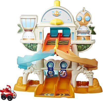 Игровой набор «Академия-Трек» с пусковым устройством, рампой и фигуркой Рода из сериала «Отважные птенцы» (Top Wing Mission Ready Track Playset, Includes Ramp Jump & Double Vehicle Launcher Vehicles) (фото)