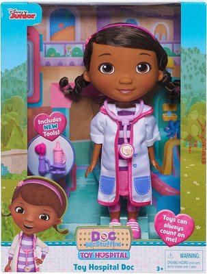 Кукла Дотти - ветеринар в белом халате - «Доктор Плюшева» - Дисней (Doc McStuffins Toy Hospital Doc Articulated Doll with Doctor Accessories) (фото)