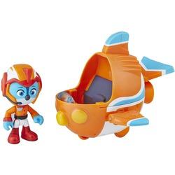 Фигурка Свифта с транспортным средством (скоролет), герой сериала «Отважные птенцы» (Top Wing Swift figure and vehicle)