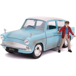 Кукла Гарри Поттер и литой автомобиль Форд Англия 1959 г., масштаб 1:24 (1:24 Harry Potter and 1959 Ford Anglia Die-Cast Vehicle)