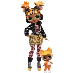 Кукла ЛОЛ Сюрприз О.М.G. Винте Чил Мисси Мяу с младшей сестренкой «Малышка Кэт» и 25 сюрпризами (L.O.L. Surprise! O.M.G. Winter Chill Missy Meow Fashion Doll & Baby Cat Doll with 25 Surprises)