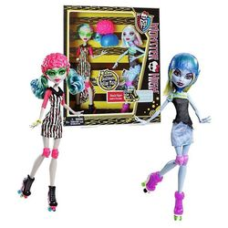 Гулия Йелпс и Эбби Боминейбл - Ролики (Ghoulia Yelps and Abbey Bominable Monster High: Roller Maze - 2 in Box)